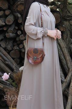 Pakistani Fashion Casual, Abaya Fashion, Fashion Outfits, Turkish Fashion, Islamic Fashion, Moslem Fashion, Stylish Hijab, Mode Abaya, Hijab Fashion Inspiration
