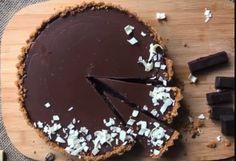 Tartă de ciocolată, rețetă simplă și rapidă, potrivită pentru o zi de Dragobete de neuitat: E gata în 15 minute