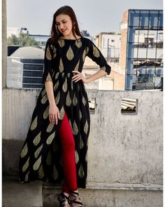 Shop online Printed black gathered cape Adorn yourself with this printed cape featuring a wide neck and gathers at the waist with a slit in the front that gives the garment a stylish look Simple Kurta Designs, Kurta Designs Women, Dress Neck Designs, Blouse Designs, Cape Designs, Indian Dresses, Indian Outfits, Stylish Dresses, Casual Dresses