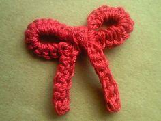 リボンのワンポイントミニモチーフの作り方|編み物|編み物・手芸・ソーイング|ハンドメイドカテゴリ|アトリエ