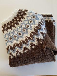 Fair Isle Knitting Patterns, Knitting Machine Patterns, Knitting Stitches, Knitting Designs, Free Knitting, Knitting Projects, Knitting Socks, Baby Knitting, Crochet Patterns