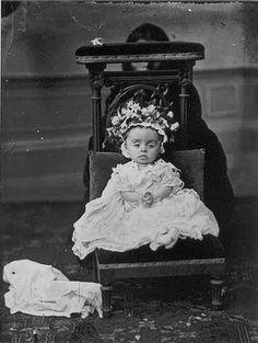 hidden mother, deceased child