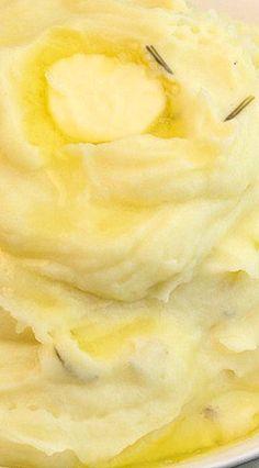 Garlic Rosemary Instant Pot Mashed Potatoes