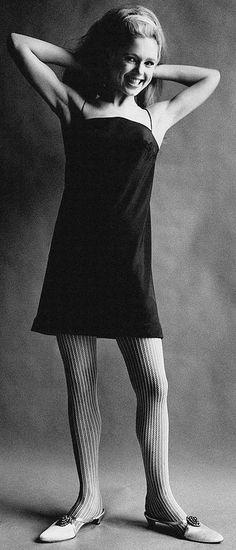 """Edie Sedgwick wearing a wig in a Vogue Magazine photo shoot, 1966. Edith Minturn ( Edie ) Sedgwick was an American heiress, socialite, actress, and fashion model. She is best known for being one of Andy Warhol's superstars. Sedgwick became known as 'The Girl of the Year' in 1965 after starring in several of Warhol's short films in the 1960s. She was dubbed an 'It Girl', while Vogue magazine also named her a 'Youthquaker'."""" Eddie Edi Edy Sedgewick Sedwick #EdieSedgwick #AndyWarhol"""