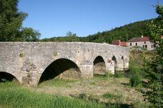 Vallée de l'Ouche. Le pont de Gissey-sur-Ouche
