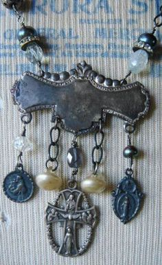 Jewelry ... Bijoux / Reconstructed Vintage Religious Medal Necklace
