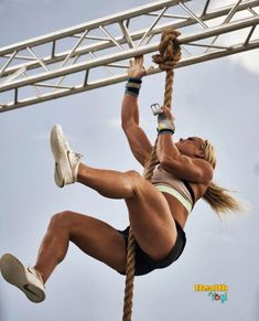 Sara Sigmundsdottir, Camille Leblanc Bazinet, Workout Protein, Fit Girl, Girls Fit, Action Poses, Muscle Girls, Workout Videos, Workout Exercises