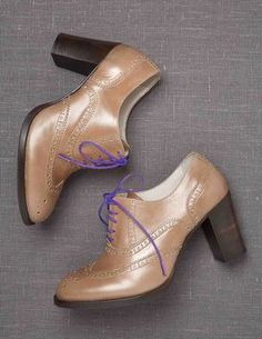 I've spotted this @BodenClothing Heeled Brogue. In Loganberry - probably size 38