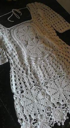 Crochet Blusas Design By Mariza Crochet Designer: Vestido Crochet . Crochet Bodycon Dresses, Black Crochet Dress, Crochet Skirts, Crochet Quilt, Crochet Blouse, Crochet Motif, Crochet Shawl, Crochet Clothes, Crochet Baby