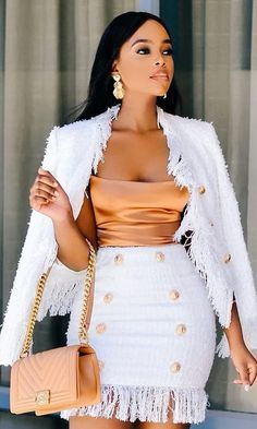Peach satin cami bodysuit top off white tweed blazer jacket pencil matching skirt set. Dressy Outfits, Mode Outfits, Stylish Outfits, Summer Outfits, Girl Outfits, Summer Wear, Summer Dresses, Elegantes Business Outfit, Elegantes Outfit Frau