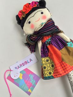 This doll is my interpretation of the amazing Mexican artist Frida Kahlo. When I think of Frida I picture her, full of color, she loved wearing  traditional Mexican  clothes, more specially from Oa...