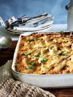 Shepherd's pie - med lam, linser og spinat Tex Mex, Lasagna, Macaroni And Cheese, Food And Drink, Pie, Ethnic Recipes, Spinach, Torte, Mac And Cheese