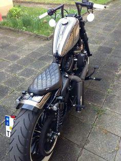 Harley Davidson: Sportster Custom by Rough Crafts