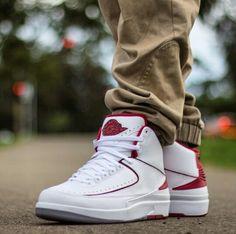 Air Jordan 2 Retro Countdown Pack White Varsity Red shoes
