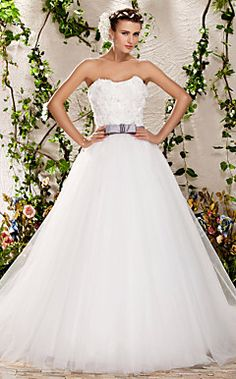A-line Ball Gown Strapless Sweep/Brush Train Tulle Wedding Dress