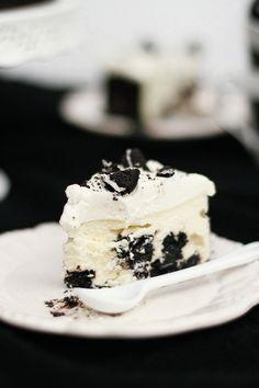 Sernik Black & White (sernik z ciasteczkami Oreo)