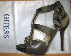 * * * GUESS Sandaletten olive mit Goldketten, Gr.37 * * *