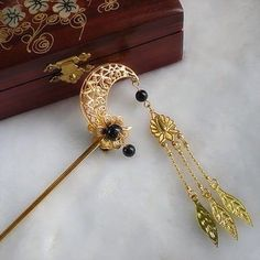 Metal Moon Tassel Hairpin Hair Stick Kanzashi Vintage for Hanfu Kimono Women QS Photo Jewelry, Hair Jewelry, Chinese Hairpin, Head Accessories, Hanfu, Fantasy Jewelry, Hair Sticks, Hair Ornaments, Hair Pins