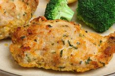 """Juicy Faux Fried Chicken is so much tastier than the deep fried versions. We love this recipe because it still has that """"southern fried"""" taste without all the unhealthy fats, and it's only 262 calories per serving."""