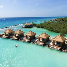 Honeymoon Tips, Honeymoon Planning, All Inclusive Vacations, Caribbean Vacations, Great Exuma, Grand Isle, Bahamas Island, Seaside Towns, Summer Travel