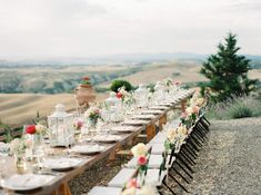 Destination Wedding in Tuscany - photo by peaches and mint http://ruffledblog.com/sophisticated-wedding-with-views-of-tuscany