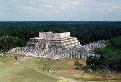 Es una de las zonas más representivas de la Cultura de Maya con el impresionante Templo de KukulKan como principal atractivo.  http://whc.unesco.org/en/list/483/