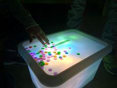 *Jeu sensoriel: la table lumineuse enfant - ★Meroute en clis★