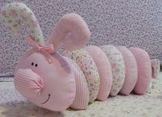 Lindo enfeite para decoração infantil. <br>100% algodão, enchimento antialérgico.