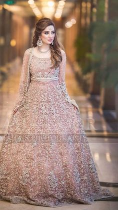 Asian Wedding Dress Pakistani, Pakistani Bridal Couture, Asian Bridal Wear, Pakistani Bridal Makeup, Bridal Mehndi Dresses, Indian Wedding Gowns, Pakistani Formal Dresses, Indian Bridal Outfits, Bridal Dress Design