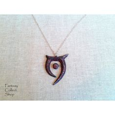 Amulet of Oblivion (The Elder Scrolls) Skyrim cosplay Oblivion cosplay... ($25) ❤ liked on Polyvore featuring jewelry and pendant jewelry