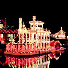 Christmas in Lafayette, LA- Trail of Lights!