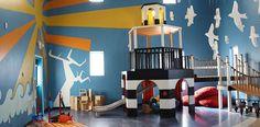 The Lighthouse Christian School (LCS) in Nashville, Tennessee Tarkett #tarkett #tarkettit #floor #flooring #design #designer #interiordesign #theatre #comfort #easy #living #life #nature #natural #naturale #interno #interiors #architect #archi #architettura #architecture #like #modern #moderno #follow #italy #italia #it @Tarkettitalia www.tarkett.it