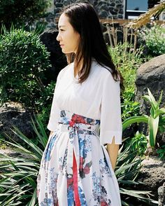 장홍한복 - Janghong Hanbok Korean Traditional Dress, Traditional Fashion, Traditional Dresses, Korean Dress, Korean Outfits, Modern Hanbok, Asian Fashion, Everyday Fashion, Marie