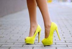 Atractivos zapatos de moda para el verano 2015