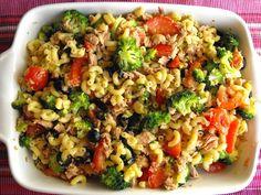 Salada de massa com atum - http://gostinhos.com/salada-de-massa-com-atum/