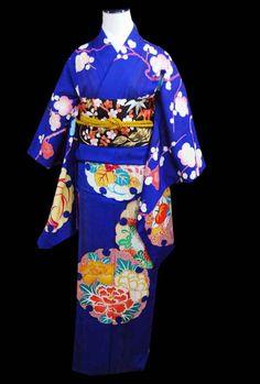 アンティークの訪問着が入荷しました!   kimono sarasa