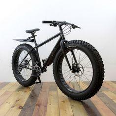 Surly MOONLANDER CUSTOM PAINT BY SWAMP THINGS Surly Bike, Cafe Racer Bikes, Bike Store, Cargo Bike, Fat Bike, Mini Bike, Bike Design, Custom Bikes, Mountain Biking
