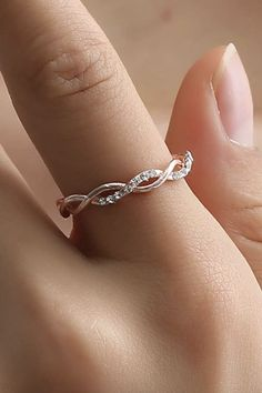 d37e38d49 Cute Simple Minimalist Twist Crystal Ring Rose Gold Fashion Jewelry for  Women. #jewellry #