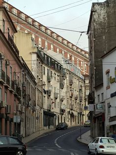 Lisboa - Martim Moniz / R.São Lázaro /walking along tram line 28  | Flickr - Photo Sharing!