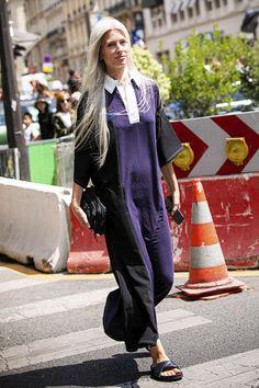 25 Vestidos Largos de Verano (2020) Sarah Harris, Hello Autumn, Dresses, Fashion, Shirtdress, White Long Dresses, Wrap Dresses, Ruffles, New York Fashion