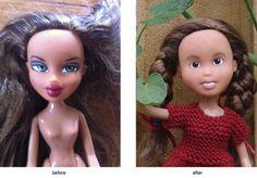 """Qual é a real necessidade de uma criança usar maquiagem? Se a resposta é """"nenhuma"""", por que a maioria das bonecas representa a menina com lábios pintados, cílios grandes, sombra e blush? Em protesto contra a sexualização excessiva que alguns brinquedos propõem, a artista australiana Sonia Singh decidiu remover toda a maquiagem presente em bonecas Bratz de segunda mão e mostrou a feição natural que elas possuem. O projeto, chamado Tree Change Dolls, troca a aparência """"sexy-beleza padrão"""" que…"""