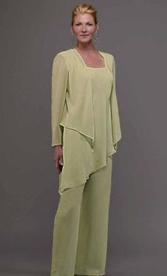 Plus size formal pant suits weddings « Clothing for large ladies Evening Pant Suits, Formal Pant Suits, Evening Dresses, Chiffon Pants, Mother Of The Bride Plus Size, Mother Of The Bride Suits, Mother Bride, Wedding Pants, Outfits