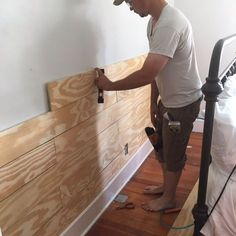 Cheap and Easy DIY Shiplap Wall 2019 DIY shiplap A Farmhouse Bedroom Makeover- Part 2 Shiplap farmhouseonboone. The post Cheap and Easy DIY Shiplap Wall 2019 appeared first on Pallet ideas. Home Renovation, Home Remodeling, Cheap Home Decor, Diy Home Decor, Diy Casa, Ship Lap Walls, Mobile Home, Diy Home Improvement, Home Design