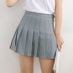 HotBlock - Pleated Mini Skirt