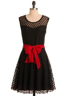 Perfect Holiday dress that can also be worn on #UGAGameDays :)