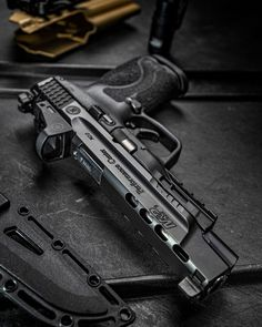 Weapons Guns, Airsoft Guns, Guns And Ammo, Revolver, Armas Ninja, Concept Weapons, Fire Powers, Hunting Rifles, Cool Guns