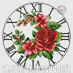 Zegar z Czerwonymi Kwiatami