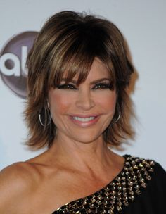 """Lisa Rinna is known both for her role on """"Days of Our Lives"""" and for her fabulous short hair. Lisa and her stylist Matthew Shields tell you how to get that sassy, disheveled-chic look she's so famous for. Lisa Rinna, Medium Hair Styles, Short Hair Styles, Rosie Huntington Whiteley, Cute Hairstyles, Stylish Hairstyles, Hairstyle Ideas, Celebs, Celebrities"""