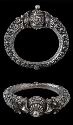 India | Silver Makara bracelet from Madras | 19th century | Sold