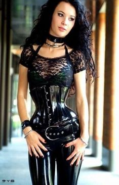 Sexy Latex, Fetish Fashion, Latex Fashion, Dark Black, Mode Latex, Estilo Glamour, Femmes Les Plus Sexy, Tribal Fusion, Latex Girls